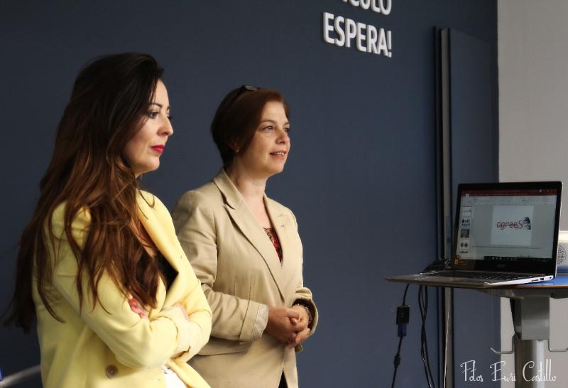 Mª Victoria Iglesias e Imma García ponentes en el desayuno de inauguración del networking de Peugeot PSA.